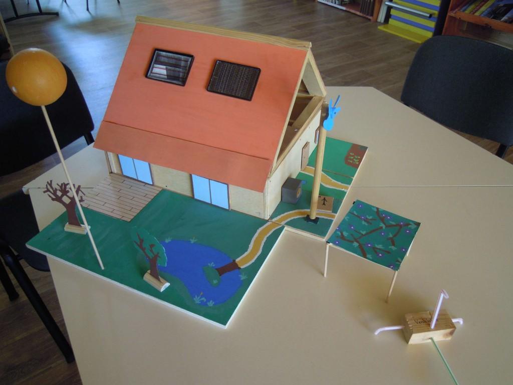Mat riauxth que maquettes et autres outils espace info for Maison a energie renouvelable